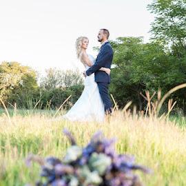 by Jonathan Theron - Wedding Bride & Groom