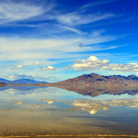 Just a sample of my pics I took.  This is the Great Salt Lake. by Shannon Theall - Uncategorized All Uncategorized