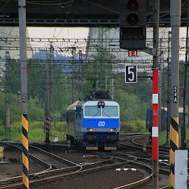 oSTRAVA sVINOV  by Michal Valenta - Transportation Trains
