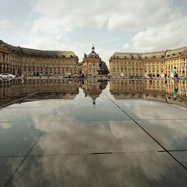 miroir de la bourse by Cédric Guere - Buildings & Architecture Other Exteriors ( water, mirror, urban, street, bordeaux, france, city )