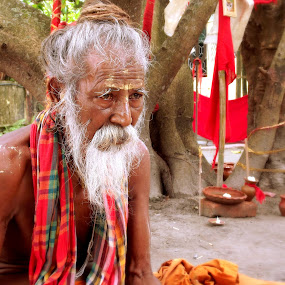 Old Monk by Jhilam Deb - Novices Only Portraits & People ( temple, old men, monk, god, jatileswar,  )