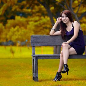 seat here by Arryawansyah Abidin - People Portraits of Women
