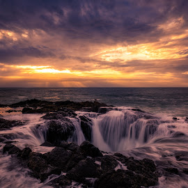 Thor's Well by Gannon McGhee - Landscapes Waterscapes ( oregon, cape, pertetua, well, thor's, coast )