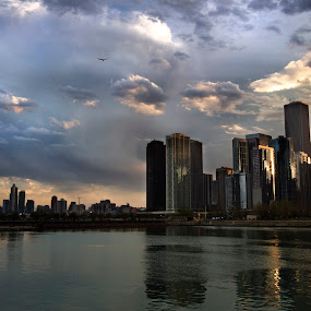 Sunset at chicago by Cristobal Garciaferro Rubio - Buildings & Architecture Other Exteriors ( clouds, waterscape, sunset, buildings, chicago, sunrise )