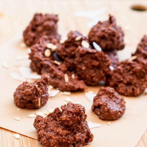 Vegan Coconut Almond Chocolate Clusters {Gluten-Free}