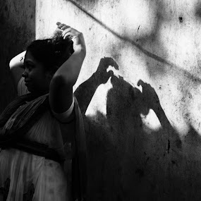 Someone connected to me   by Vishal  Singh - Uncategorized All Uncategorized ( kolkata, travel )