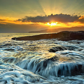 WAVES AND ROL by Jasen Tan - Landscapes Waterscapes