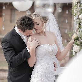 Romance by Lodewyk W Goosen (LWG Photo) - Wedding Bride & Groom ( wedding photography, wedding photographers, weddings, wedding, wedding day, bride and groom, wedding photographer, bride, groom, bride groom )