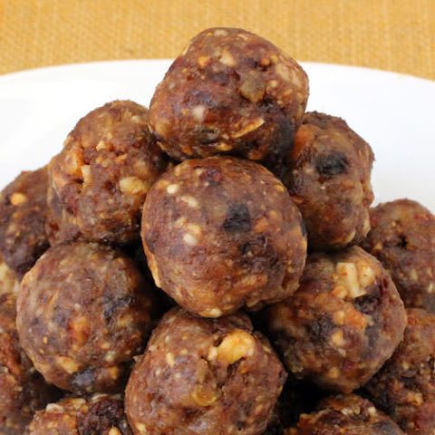 Sephardic Charoset With Dates Recipes