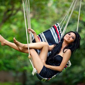 Swing by Deddy  Heruwanto - People Fashion