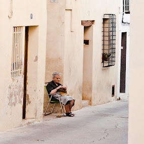 oman,street,requena,old ,ricamatrice by Vito Dell'orto - City,  Street & Park  Street Scenes