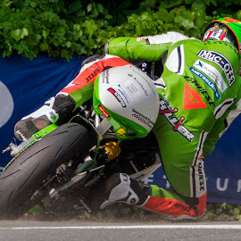 James Hillier by Mike Fitzgerald - Sports & Fitness Motorsports ( road racing, james hillier, time trials, isle of man )