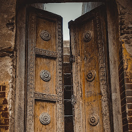 old gate by Uzair RIaz - Instagram & Mobile Android ( interior, building, vintage, old town, door )