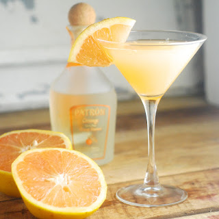 A Grapefruit Crush Cocktail