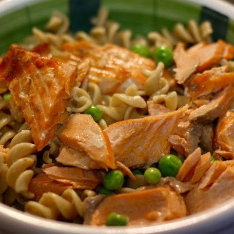Lemon Garlic Salmon over Pasta