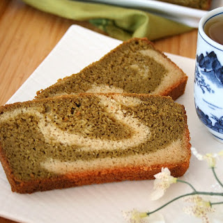 Matcha Almond Tea Cake (Low Carb and Gluten-Free)