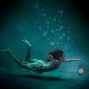 underwater swimmer.jpg
