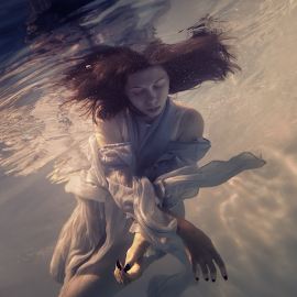 Underwater music by Dmitry Laudin - People Fashion ( portrait of a girl in a dress under the water )