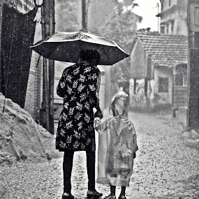 Raim Walk by Dhritiman Lahiri - People Street & Candids ( monsoon, westbengal, india, rains )