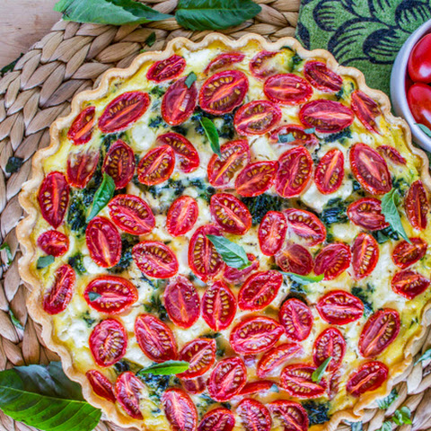 Cherry Tomato, Leek, and Spinach Quiche