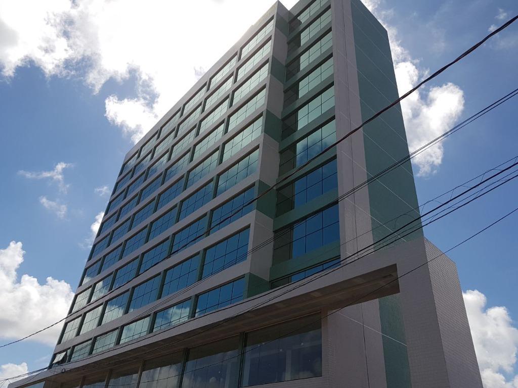 Flat com 1 dormitório à venda, 35 m² por R$ 190.000,00 - Intermares - João Pessoa/PB