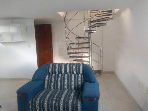 Apt cobertura com 1 dormitórios para alugar, 90 m² por R$ 1.600/ano - Bessa