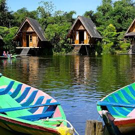 Kano at Bamboo Village by Mulawardi Sutanto - Transportation Boats ( kano, indonesia, dusun bambu, keren, travel, boat, indah, bandung )
