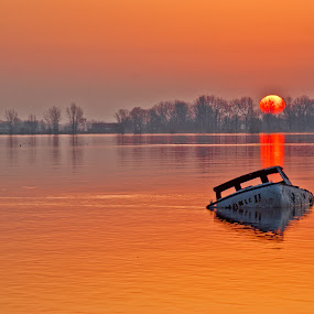Sunrise on the Sinking by Luc Belisle - Landscapes Waterscapes ( waterscape, sunrise, boat )