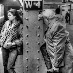 Waiting on Life and the No.7 by Bruce Martin - People Street & Candids ( street jounalisum, black and white, 35mm,  )