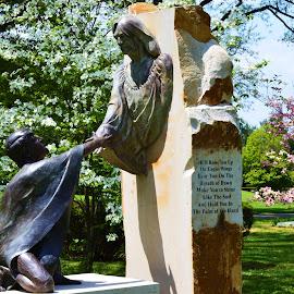 by Dixie Richie - Buildings & Architecture Statues & Monuments