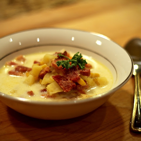 Rich And Savory Ham And Corn Chowder