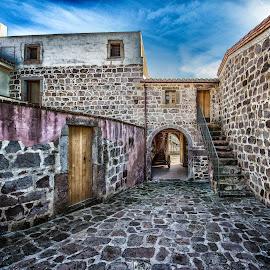 by Antonello Madau - City,  Street & Park  Historic Districts