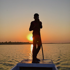 Move forward !! by Amit Sharma - Instagram & Mobile iPhone ( #sunrise #lake #nalsarovar #iphone 6 )