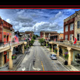 by Peter Michael - City,  Street & Park  Historic Districts