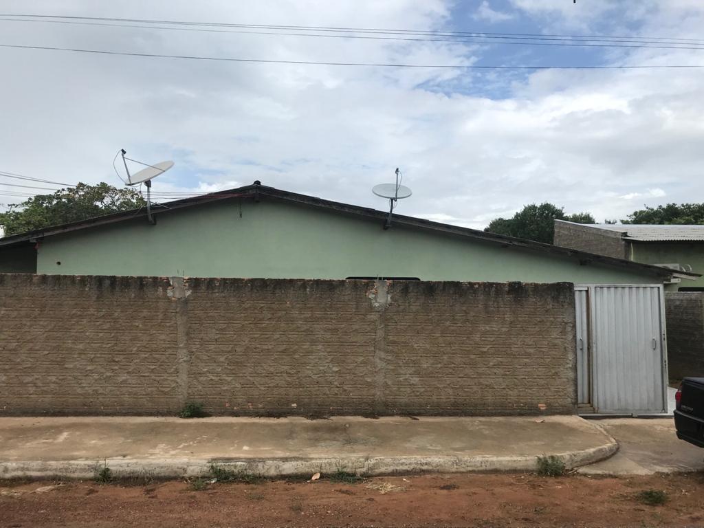 Casa com 3 dormitórios para alugar, 100 m² por R$ 1.000/mês - Aeroporto - Boa Vista/RR