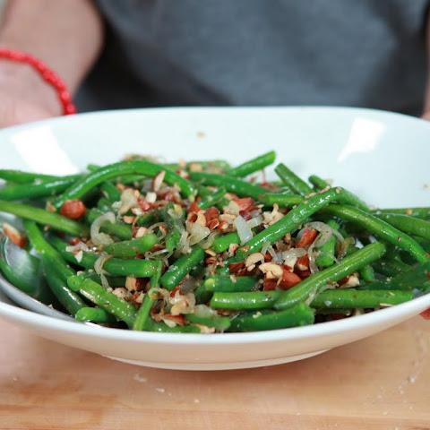 Green Beans with Crushed Toasted Almonds