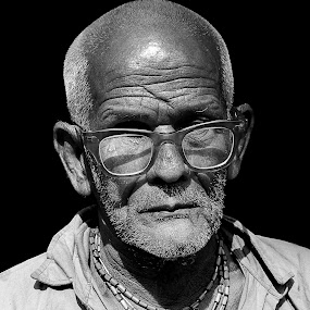 by Avishek Mazumder - People Portraits of Men