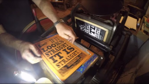 Guy restores a century-old letterpress to perfect condition