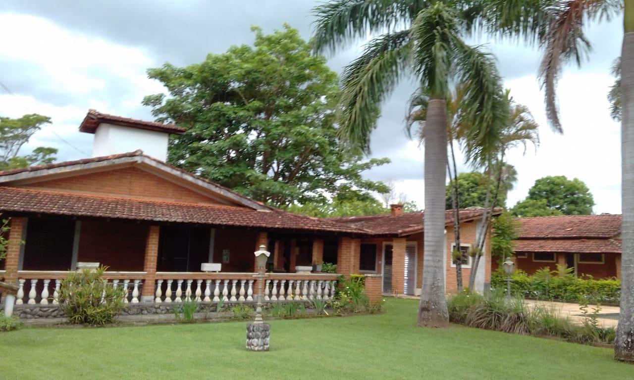 Chácara com 3 dormitórios à venda, 2381 m² por R$ 755.000 - Chácaras Long Island - Jaguariúna/SP