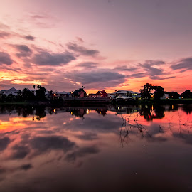 by Victor Sim - Landscapes Waterscapes ( clouds, sky, warm, colourful, waterscape, sunset, tropical, beautiful, reflections, landscape )