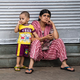 Mother and child by Jos Cuppens - People Street & Candids