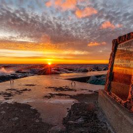 Memorial sunset by Calvin Morgan - Landscapes Sunsets & Sunrises ( nikon d700, memorial, lake michigan, sunset, pier )