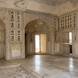 Agra Fort by Anupam Bhoumick - Buildings & Architecture Architectural Detail