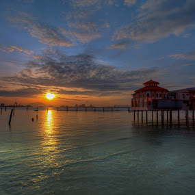 sunrise @ qe2 by P Hin Cheah - Landscapes Sunsets & Sunrises ( qe2, weld quay, penang, sunrise, jetty )