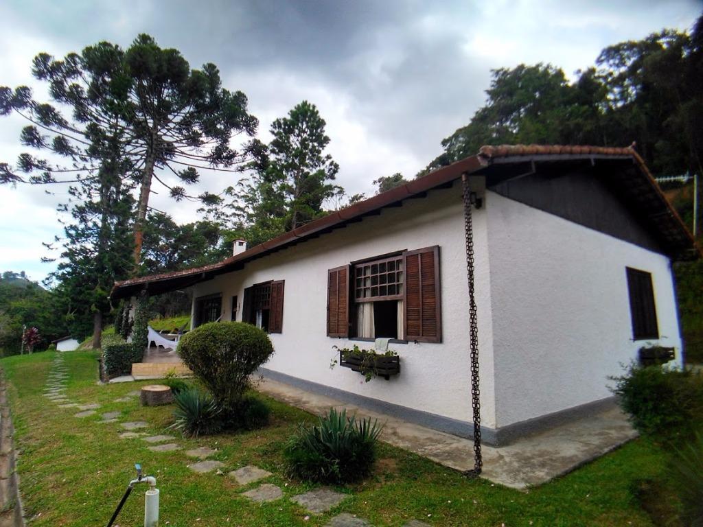 Sítio 23.000m², Casa 3 Quartos, 1 Suíte, Piscina, Friburgo