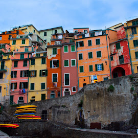 Riomaggiore by Carel Stassen - Buildings & Architecture Homes ( cinque terre, color, buildings, riomaggiore, italy )