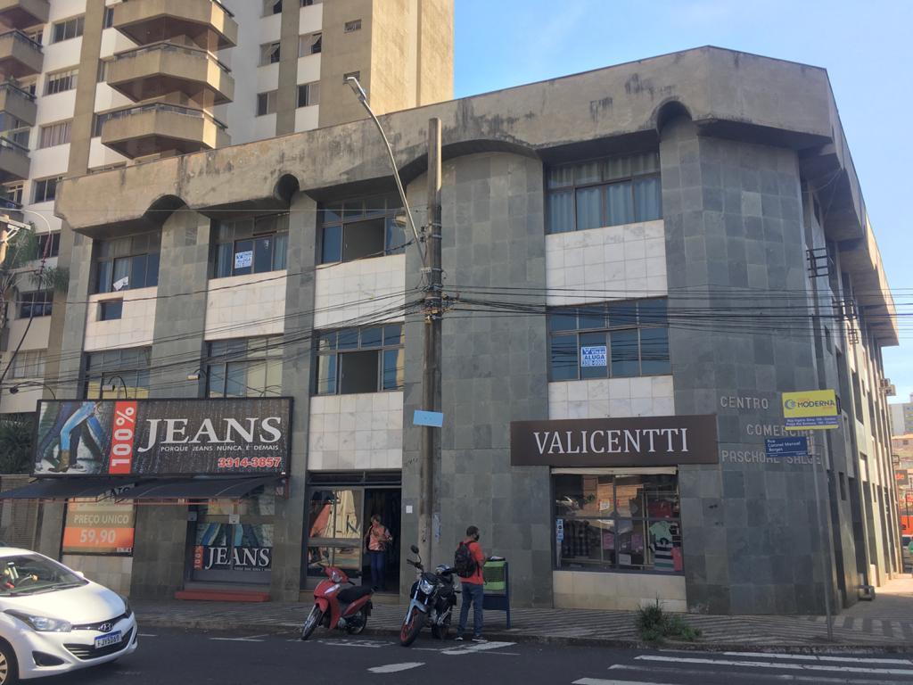 Sala para alugar, 79 m² por R$ 550,00/mês - Centro - Uberaba/MG