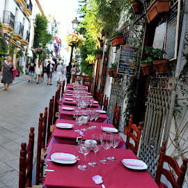 restaurant by Claude Huguenin - City,  Street & Park  Historic Districts ( street, eating, historical, table, restaurant )