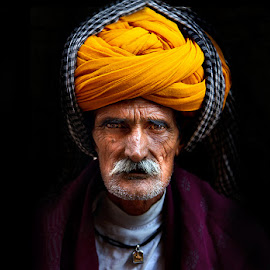 A Rajasthani attire by Manuj Mehta - People Portraits of Men ( colors, rajasthan, india, men, people, portrait )