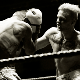 Incoming Left Hook  by Ian Fearn - Sports & Fitness Boxing